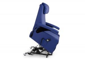 fauteuil zen 300x217 Pièces de vie à mobilier adapté